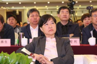 中国建筑业九州彩票副会长吴慧娟